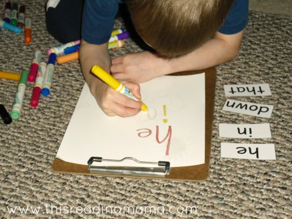 using color wonder markers to write sight words