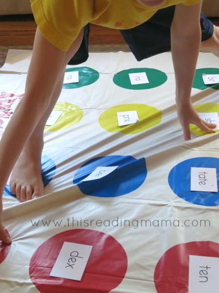 playing twister with open and closed syllables