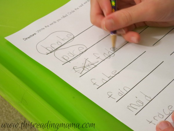 spelling strategies with long vowels - does it look right