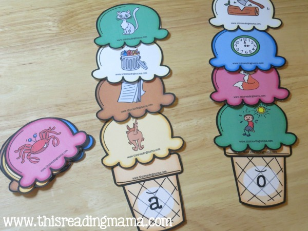 sorting short vowel ice cream scoops - short a and short o