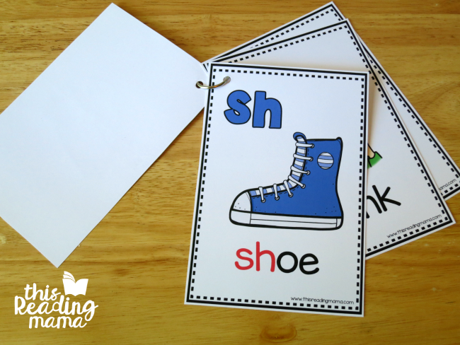 Smaller Beginning Digraph Cards - hole punch and make a flip book